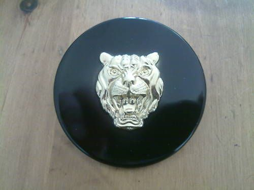 JAGUAR XJ XJ6 XJ12 XJC BRAND NEW HUB CAP MEDALLION  X 1 (FREE UK  POST)